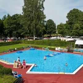 Schwimmbad Körperich Foto